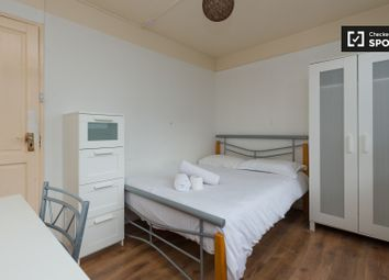 Thumbnail 3 bedroom shared accommodation to rent in Tompion Street, London