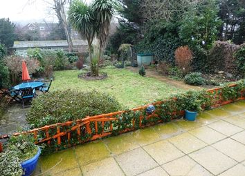 Thumbnail 2 bedroom flat to rent in Castle Avenue, Dover