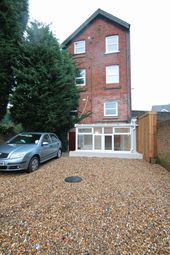 Thumbnail 1 bed maisonette to rent in Linkfield Street, Redhill
