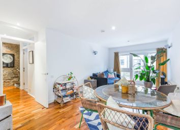 Thumbnail 1 bed flat to rent in Florfield Passage, Hackney