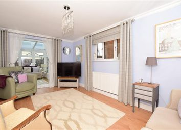 Amsbury Road, Coxheath, Maidstone, Kent ME17. 3 bed detached bungalow