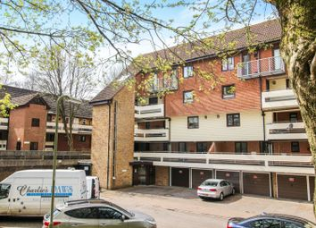 1 bed flat for sale in Kingsway Gardens, Andover SP10