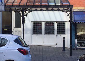 Retail premises to let in Colwyn Bay, Colwyn Bay LL29