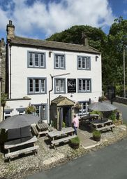 Thumbnail Pub/bar for sale in The Green, Kettlewell