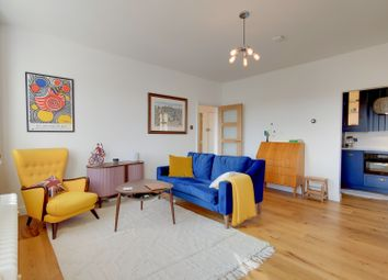 Central Hill, London SE19. 1 bed flat for sale