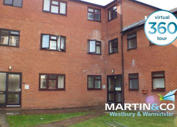 2 bed flat to rent in Station Road, Westbury, Wiltshire BA13