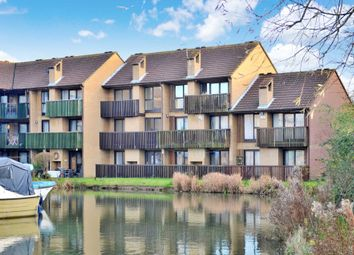 Thumbnail 4 bed town house for sale in Woodley Headland, Peartree Bridge, Milton Keynes
