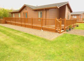 Thumbnail 2 bed mobile/park home for sale in 8 Lake Garda, The Lakes, Far Grange, Skipsea