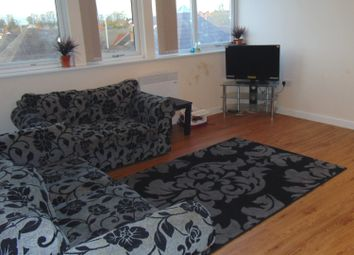 Thumbnail 2 bedroom flat for sale in The Parade, Oadby, Leicester