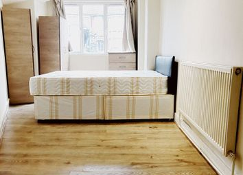 Thumbnail 1 bed flat to rent in Riverway, London