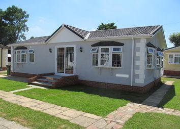 Thumbnail 2 bed mobile/park home for sale in Devon Close, College Town (Ref 5641), Sandhurst, Berkshire