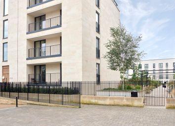 Thumbnail 3 bed flat to rent in Victoria Bridge Road, Bath