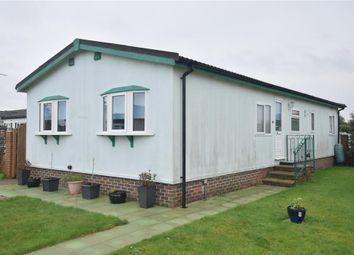 Thumbnail 2 bed mobile/park home for sale in Old Barn Close, Bognor Regis, West Sussex