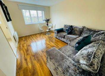 Thumbnail 1 bed flat to rent in Telegraph Place, Isle Of Dogs, London