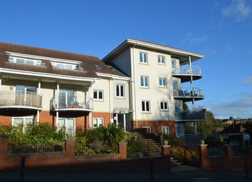 Thumbnail 2 bed flat for sale in Cedar Avenue, Hazlemere, High Wycombe