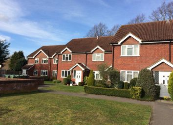 Thumbnail 1 bed maisonette to rent in Meadowbank Road, Lightwater