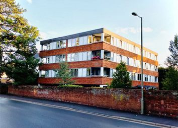 St. Marks Road, Henley-On-Thames RG9. 2 bed flat