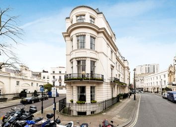 Thumbnail 3 bedroom flat to rent in West Halkin Street, London