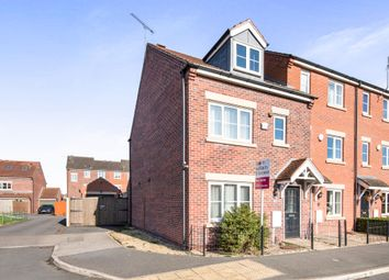 Thumbnail 3 bed town house for sale in Grieves Close, Retford