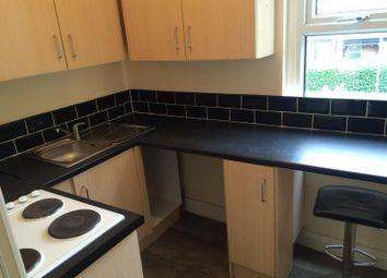 Thumbnail 1 bed flat to rent in Harehills Avenue, Leeds