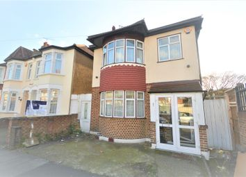 Thumbnail 3 bed detached house to rent in Mortlake Road, Ilford