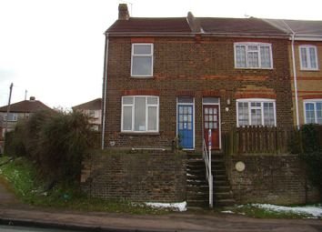 2 bed terraced house to rent in Street End Road, Chatham ME5