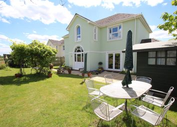 Thumbnail 5 bed detached house for sale in Goldcrest, Watermead, Aylesbury