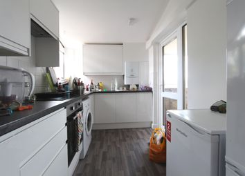 Thumbnail 4 bed flat to rent in Abingdon Close, Camden Square