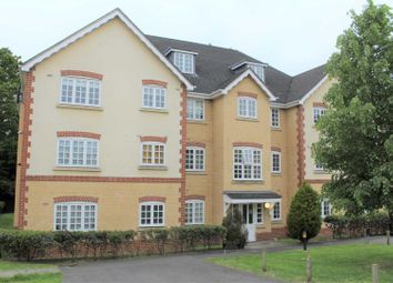 Thumbnail 2 bed flat for sale in Hurworth Avenue, Slough
