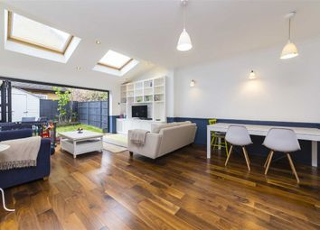 Thumbnail 5 bed property to rent in Wycliffe Road, London