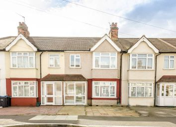3 bed property to rent in Walshingham Road, Mitcham CR4