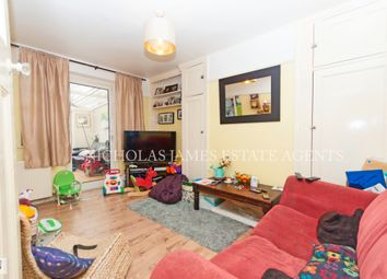 Thumbnail 2 bed flat to rent in Station Close, Finchley Central