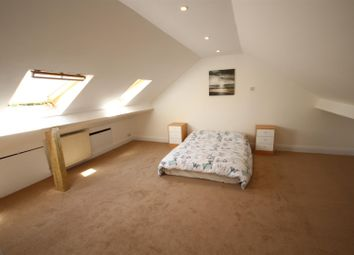 Thumbnail 5 bed terraced house to rent in Western Avenue, North Acton