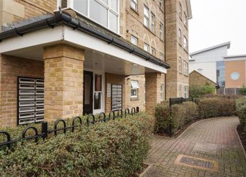 Thumbnail Flat to rent in Cobham Close, Enfield