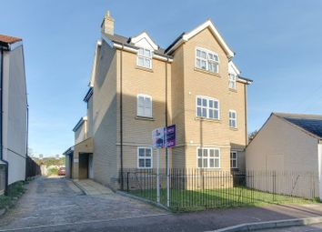 Thumbnail 2 bed flat for sale in Alexandra Road, Colchester