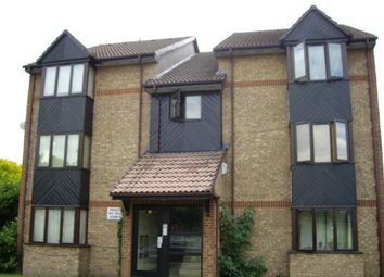 Thumbnail Studio to rent in Hawthorne Crescent, West Drayton