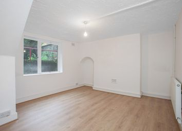 Thumbnail 3 bed flat to rent in Parkhurst Road, London