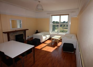 Thumbnail 4 bed flat to rent in Lennox Road South, Southsea