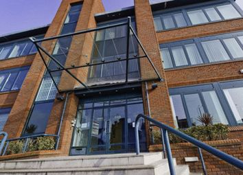 Thumbnail Serviced office to let in Larchmoor Park, Gerrards Cross Road, Stoke Poges, Slough