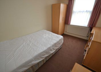 Thumbnail Room to rent in Norris Road, Reading, Berkshire