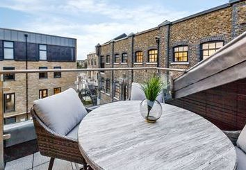 Thumbnail 2 bed flat to rent in Palace Wharf Apartments, Oxford Penthouse, London