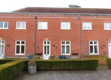 3 bed mews house for sale in Carnarvon Court, Bretby DE15