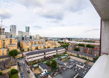 Thumbnail 1 bed flat to rent in The Quarterdeck, Canary Wharf, London