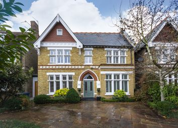 Thumbnail 6 bedroom detached house to rent in Woodville Road, London