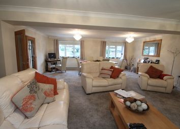Thumbnail 3 bed property to rent in Hillside, Farningham