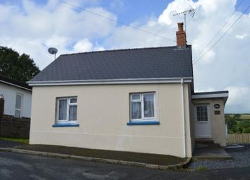 Thumbnail 2 bedroom bungalow to rent in Llanboidy Road, Meidrim, Carmarthen