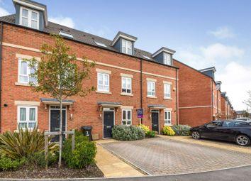 3 bed terraced house for sale in Fetlock Drive, Newbury RG14