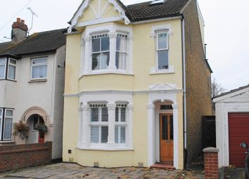 Thumbnail 4 bed detached house to rent in Southsea Avenue, Leigh-On-Sea