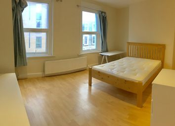 Thumbnail 3 bed flat to rent in Benwell Road, Islington, London