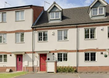 3 bed town house for sale in Potters Hollow, Bulwell, Nottinghamshire NG6